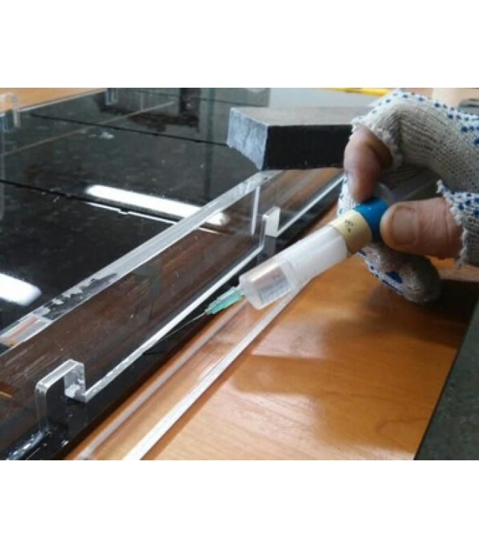Склейка изделий из оргстекла